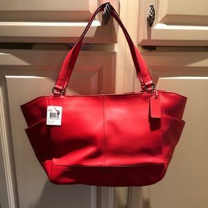 AUTHENTIC NWT Coach Park Leather Carrie Bag Red